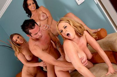 Cougar Sex Club download